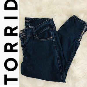 Torrid Denim Cropped Skinny Jeans Size 16